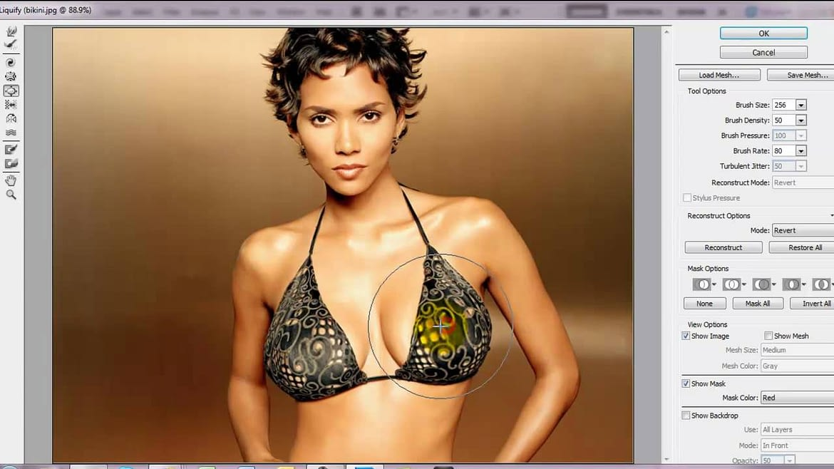 How To Make Your Breasts Look Bigger In A Picture Without Using Photoshop